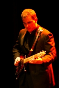 Warren James - Lead Guitar